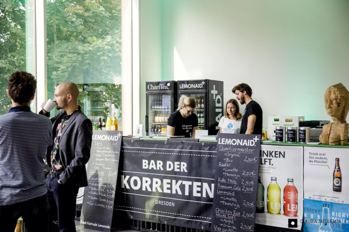 Bar der Korrekten
